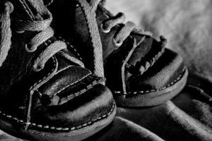 childrens-shoe-1728294_1280