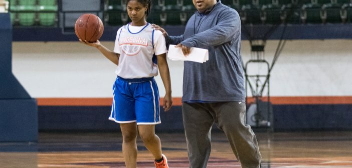 PREP TIME Lady Roadrunners Conduct Final Run-Through Before Tipping off Tournament on Wednesday