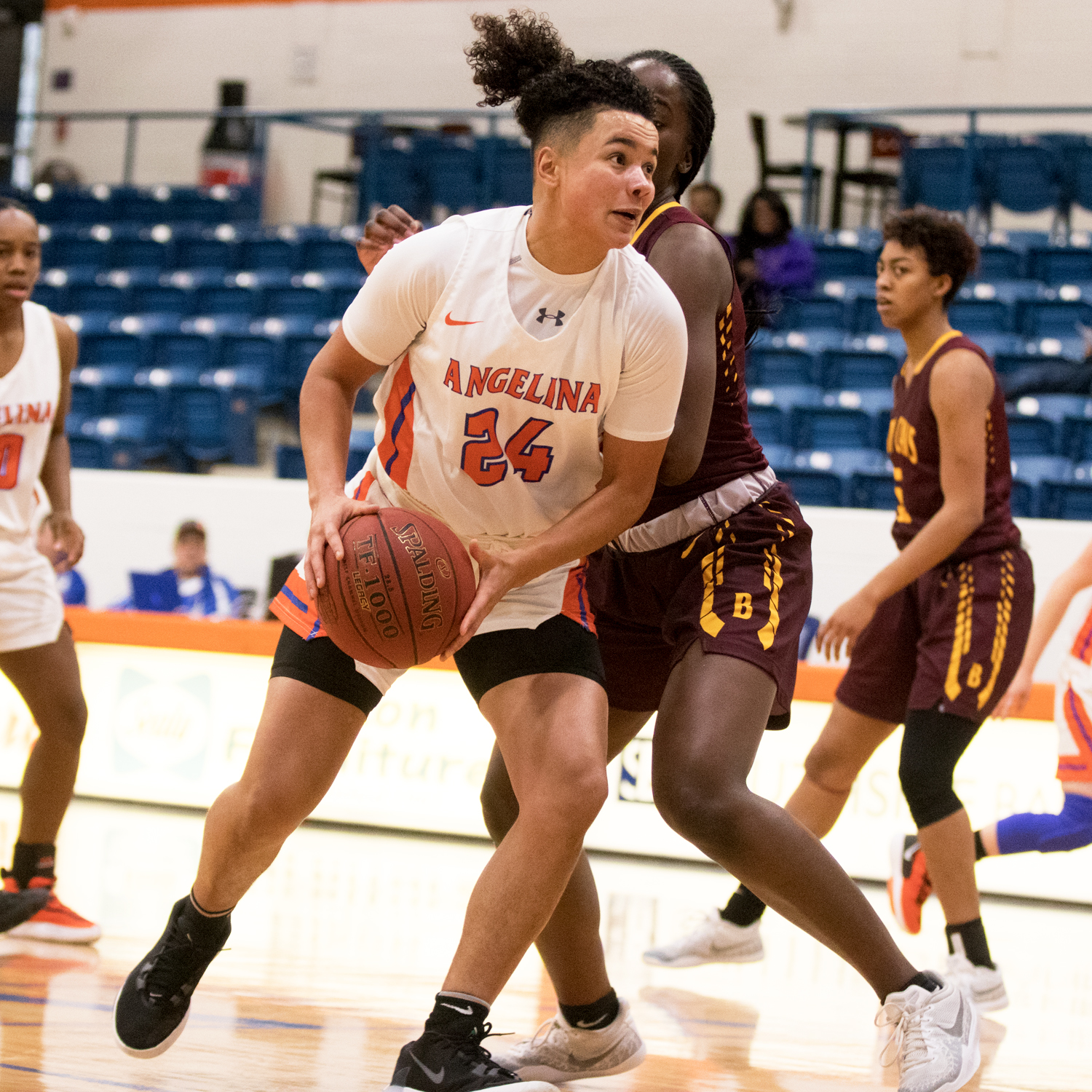Lady Roadrunners Host Paris College on Saturday AC Tied for Third in Conference Standings